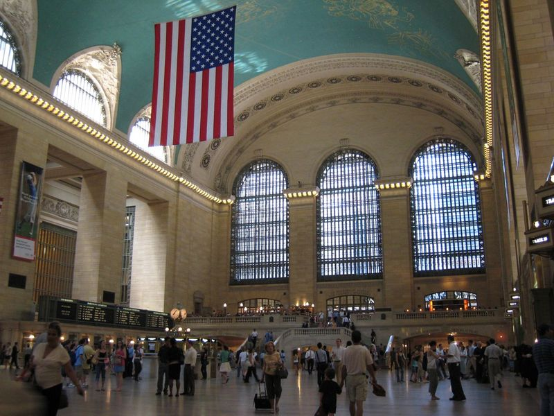 Flag-over-grand-central
